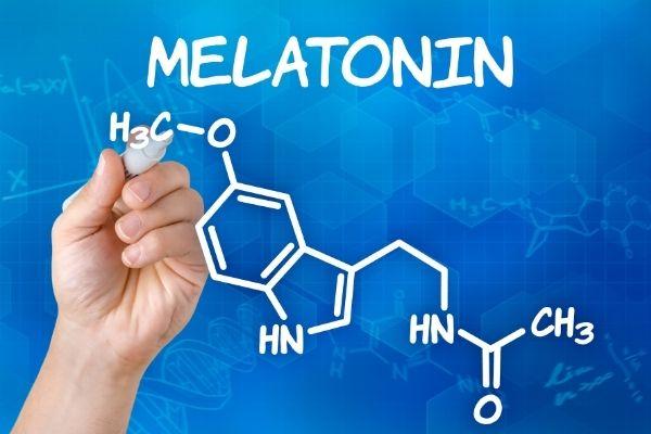 Melatonin Có Thể Giúp Bạn Ngủ Ngon Và Cảm Thấy Tốt Hơn Như Thế Nào?